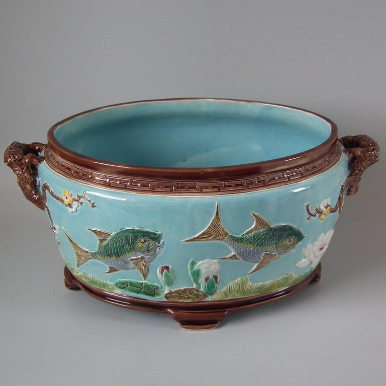 Holdcroft Oval Majolica Fish and Lilies Jardinière For Sale 13