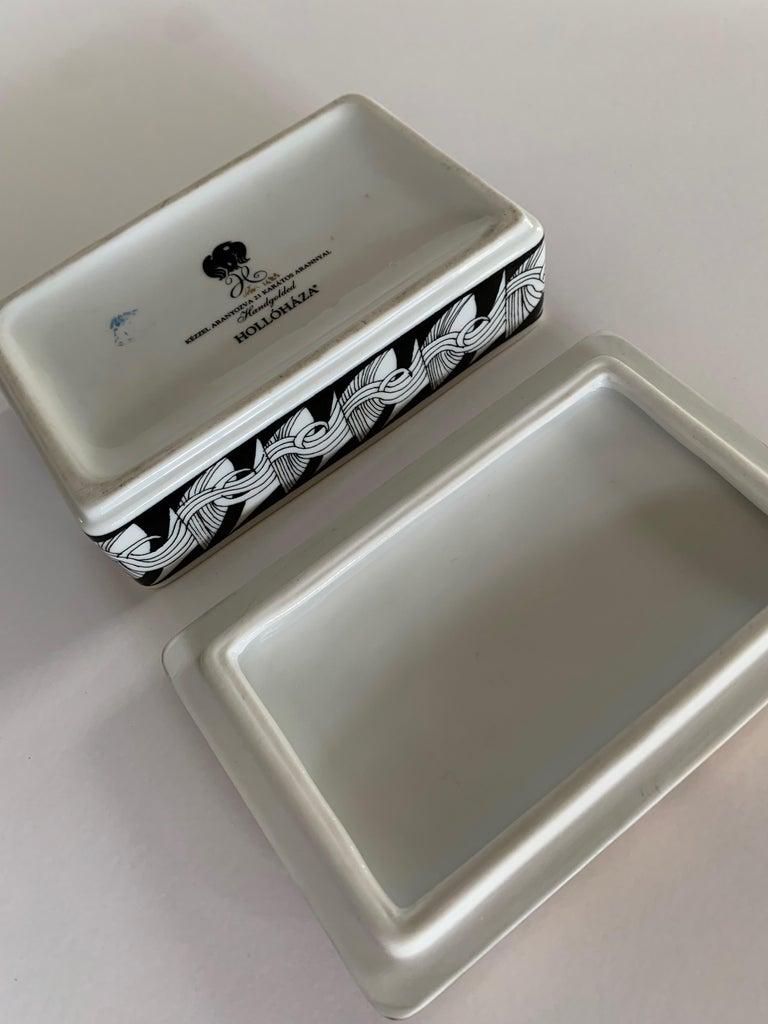 Hollohaza Hand Painted Gilt Porcelain Lidded Box For Sale 2