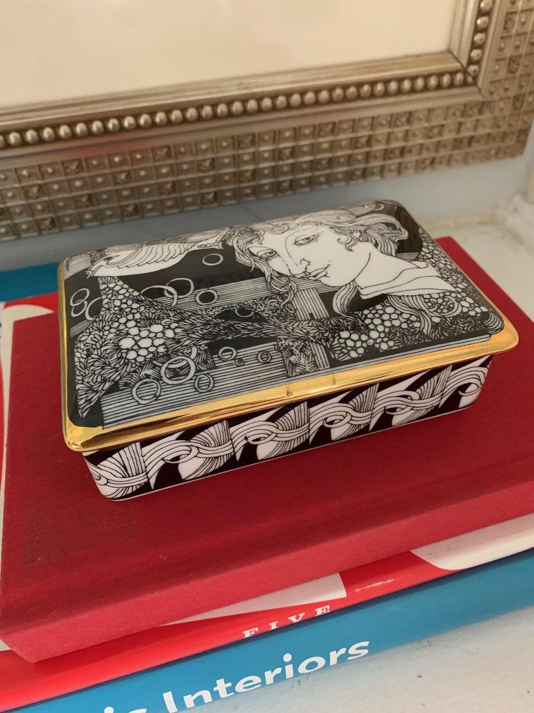 Hollohaza Hand Painted Gilt Porcelain Lidded Box For Sale 4