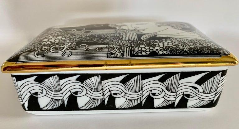 Mid-Century Modern Hollohaza Hand Painted Gilt Porcelain Lidded Box For Sale