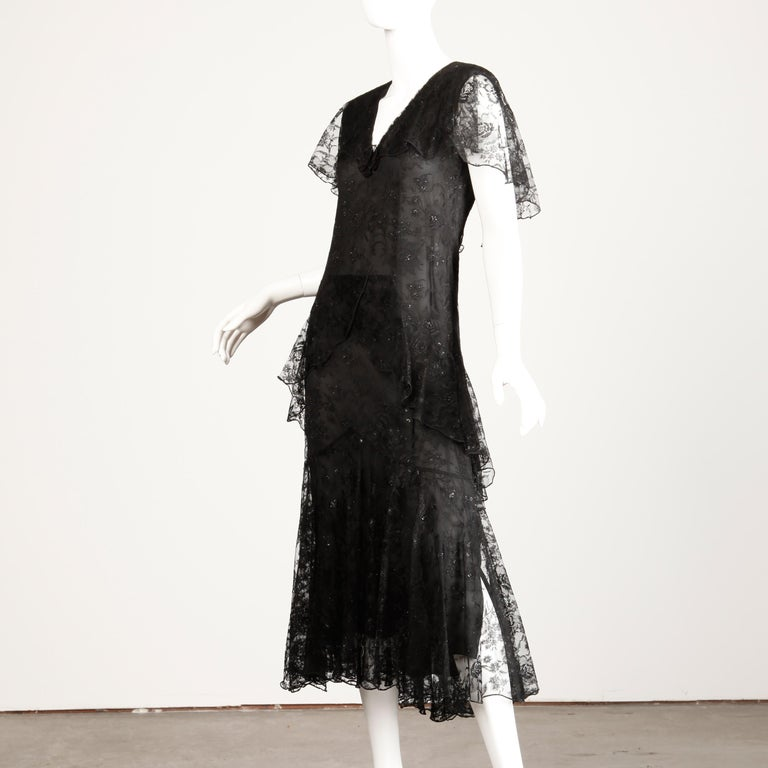 Holly's Harp Vintage Black Lace Flapper Dress For Sale 4