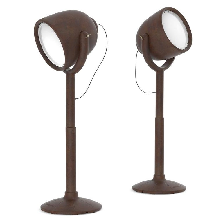 Contemporary Hollywood Brown Outdoor Dimmable Floor Lamp by BrogliatoTraverso, Made in Italy For Sale
