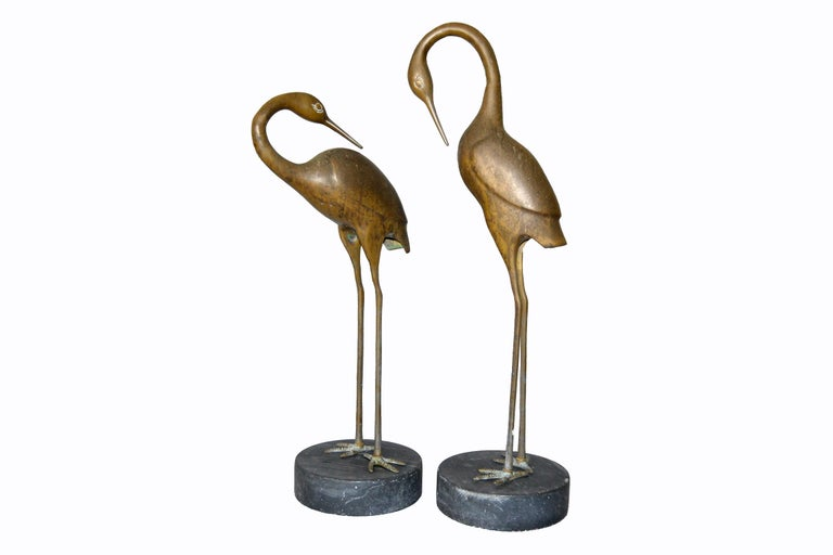 American Hollywood Regency Asian Style Bronze Crane Sculptures Black Marble Base, a Pair For Sale