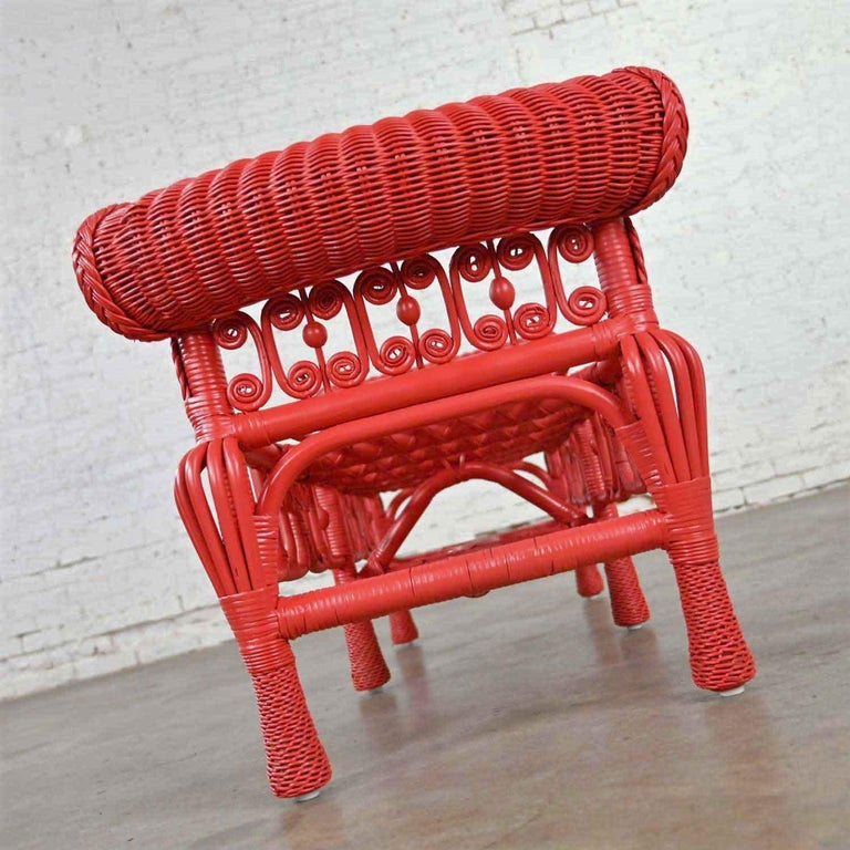 Hollywood Regency Boho Chic Poppy Red Painted Gondola Style Wicker Bench Table For Sale 3