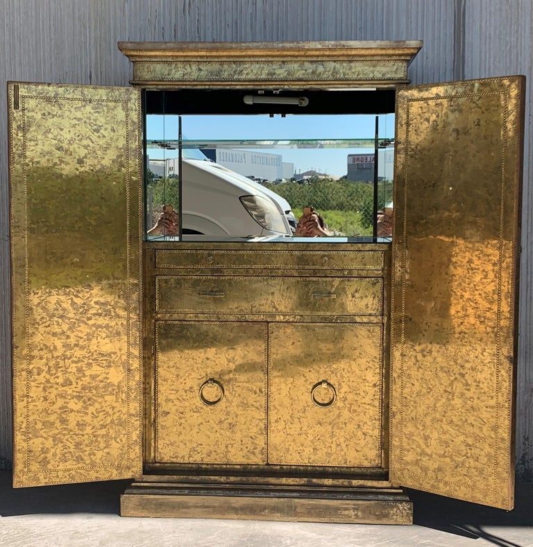 Mid-Century Modern Hollywood Regency Brass Faces Dry Bar with Mirrored Interior