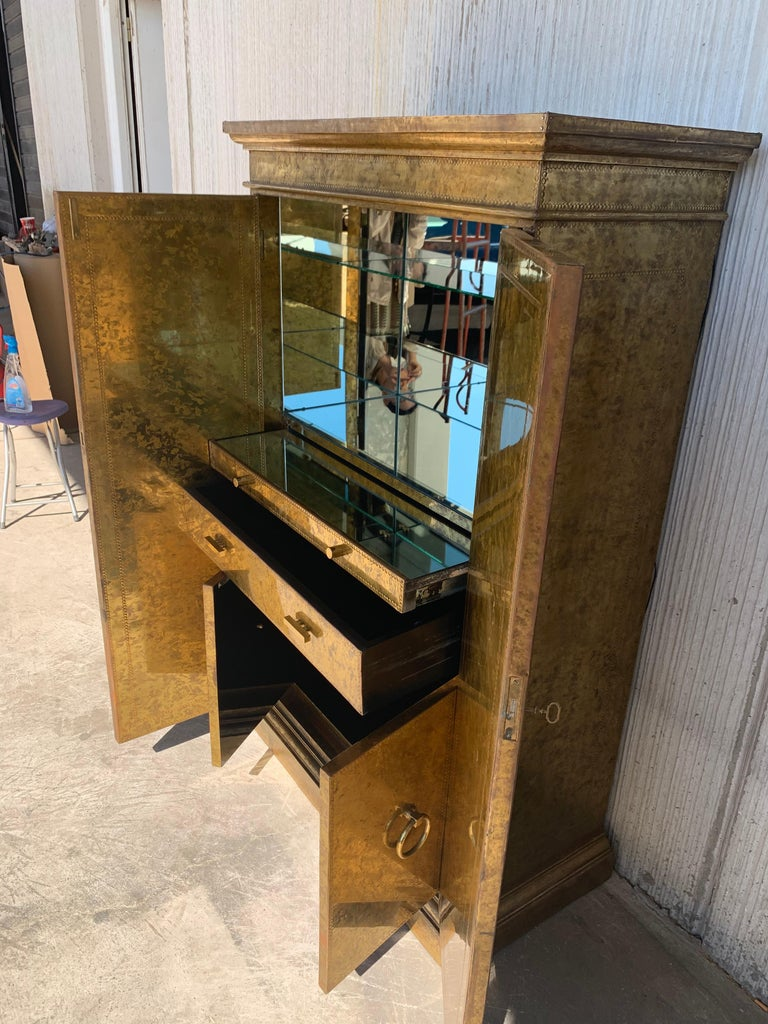 20th Century Hollywood Regency Brass Faces Dry Bar with Mirrored Interior