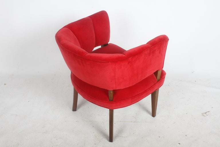 Hollywood Regency Channel Back Club Chair in the Style of William Billy Haines In Good Condition For Sale In St. Louis, MO