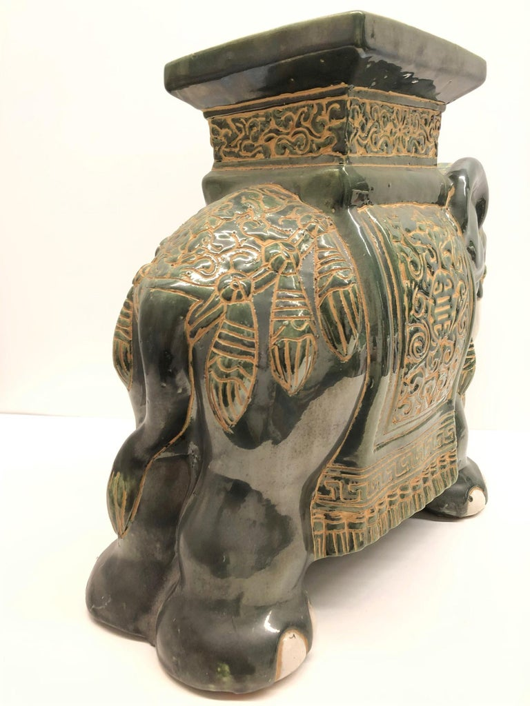 Mid-20th Century Hollywood Regency Chinese Green Elephant Garden Plant Stand or Seat For Sale