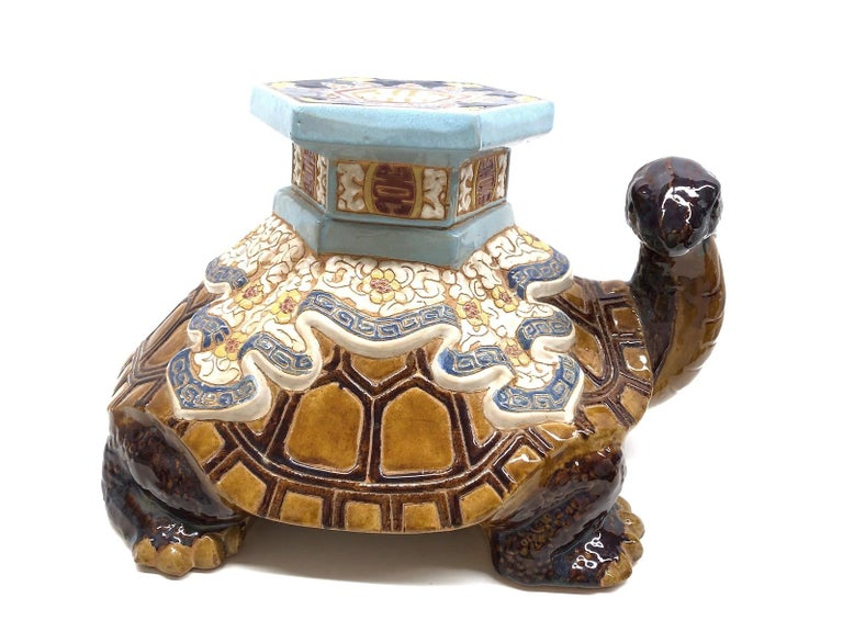 Mid-20th century glazed ceramic Turtle garden stool, flower pot seat, Patio decoration or side table. Handmade of ceramic. Nice addition to your home, patio or garden. A nice addition to any room, patio or yard.