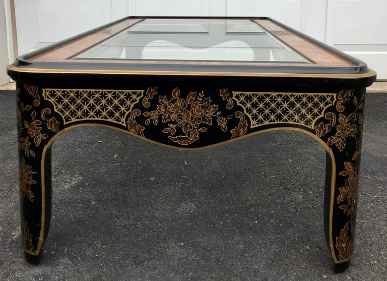 Hollywood Regency Chinoiserie Black and Gold Coffee Table, Drexel Et Cetera In Good Condition For Sale In Lambertville, NJ