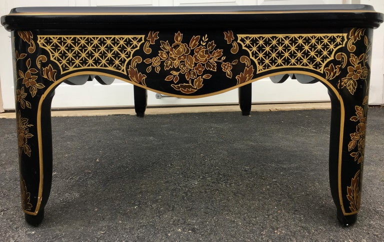 Hollywood Regency Chinoiserie Black and Gold Coffee Table, Drexel Et Cetera For Sale 1