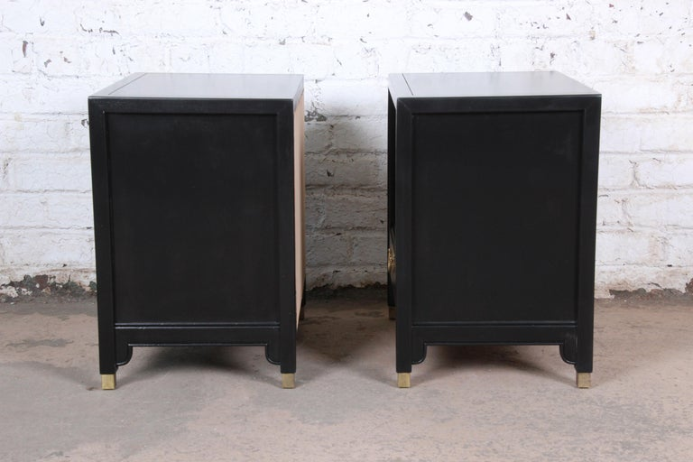 Hollywood Regency Chinoiserie Ebonized Nightstands by Century Furniture, Pair For Sale 3