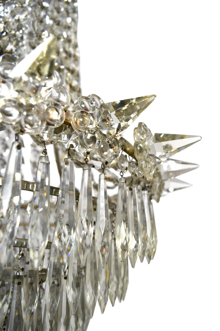 Hollywood Regency Crystal Chandelier In Good Condition For Sale In Minneapolis, MN
