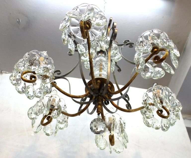 Hollywood Regency Crystal Chandelier with Gilt Metal Accents For Sale 6