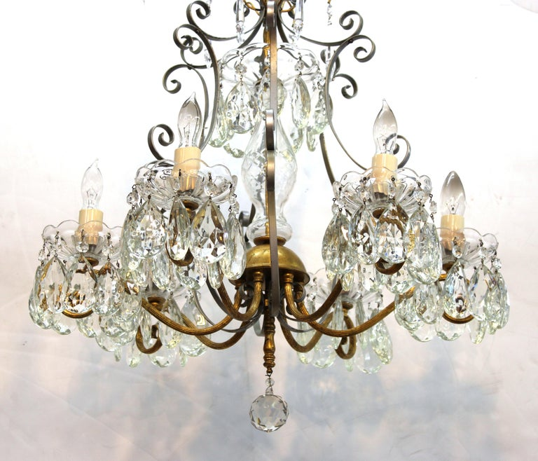 Hollywood Regency Crystal Chandelier with Gilt Metal Accents In Good Condition For Sale In New York, NY
