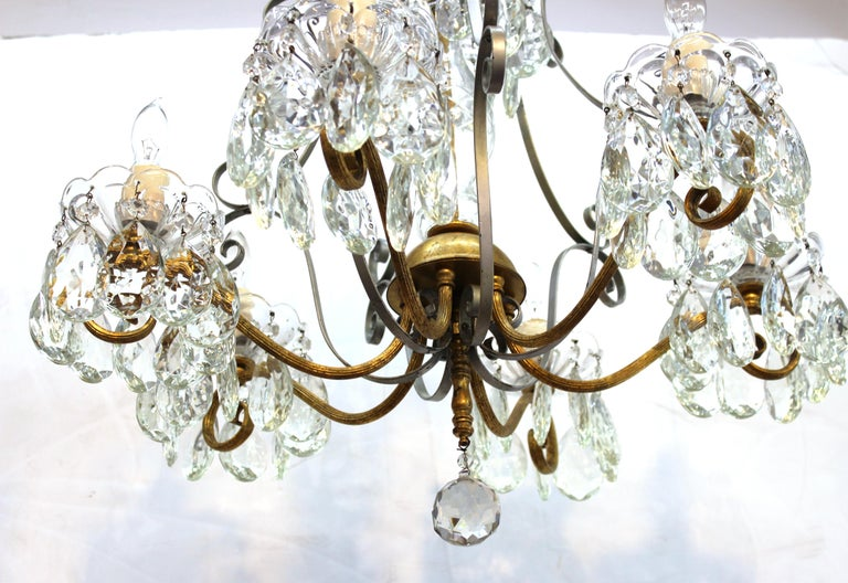 20th Century Hollywood Regency Crystal Chandelier with Gilt Metal Accents For Sale