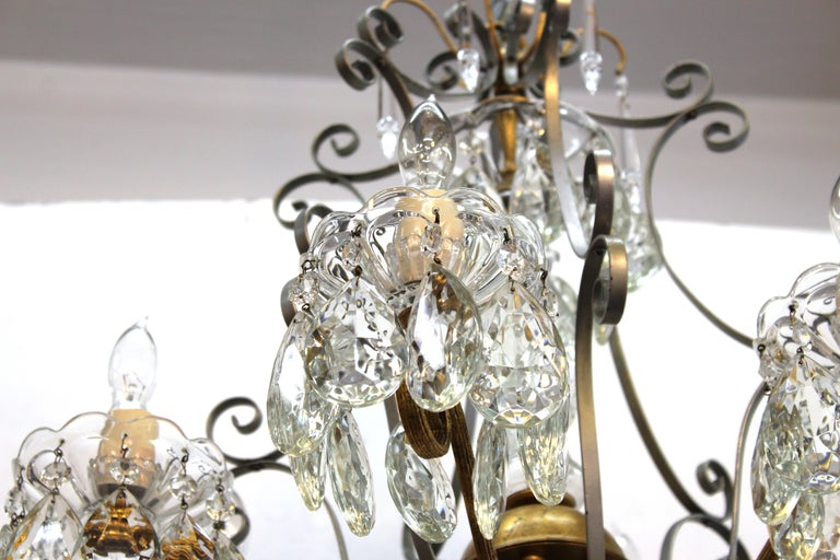 Hollywood Regency Crystal Chandelier with Gilt Metal Accents For Sale 2
