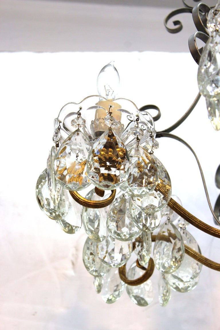 Hollywood Regency Crystal Chandelier with Gilt Metal Accents For Sale 4