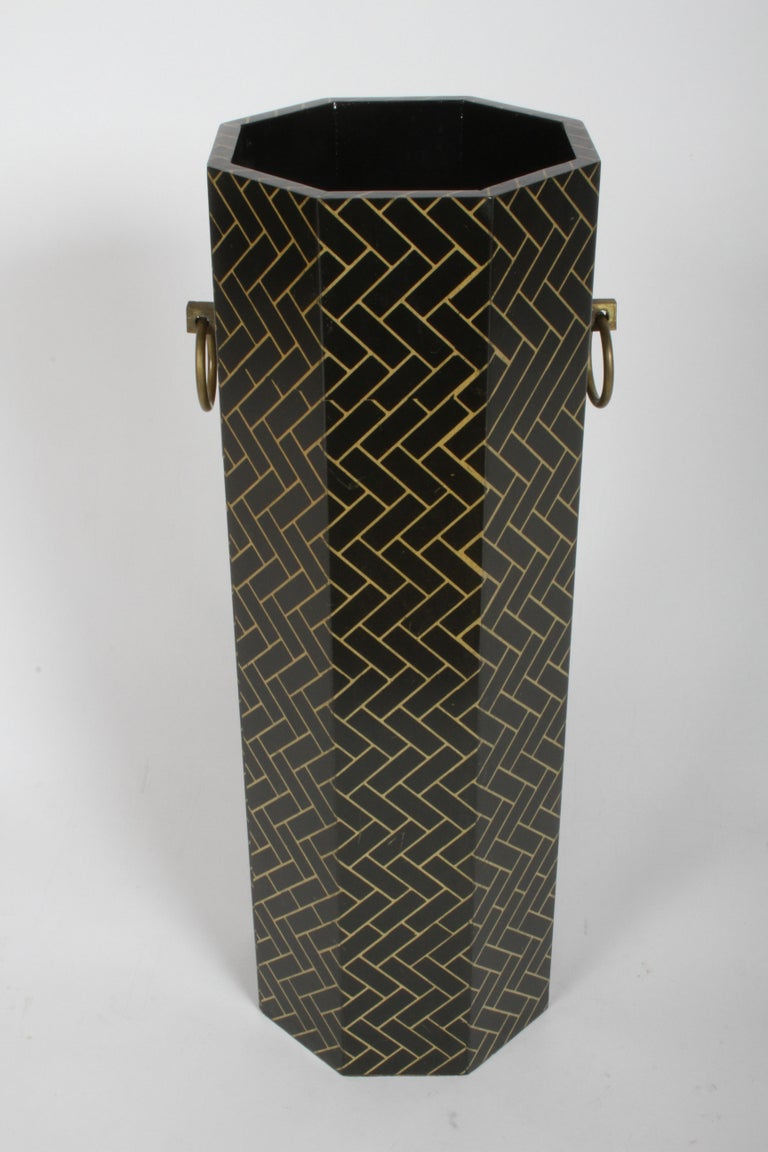 Hollywood Regency David Hicks Style Patterned Umbrella Stand In Good Condition For Sale In St. Louis, MO