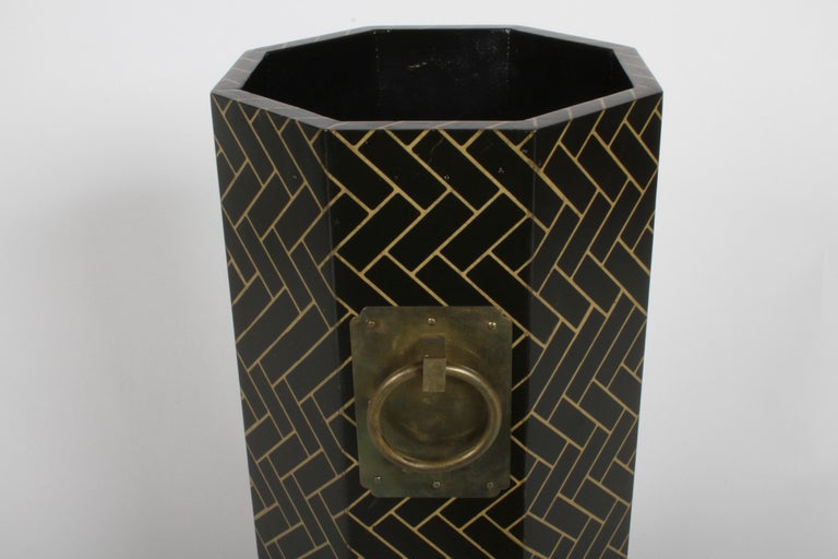 Hollywood Regency David Hicks Style Patterned Umbrella Stand For Sale 3