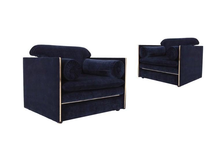 Italian Hollywood Regency Easy Chairs in Dark Blue Velvet and Brass For Sale