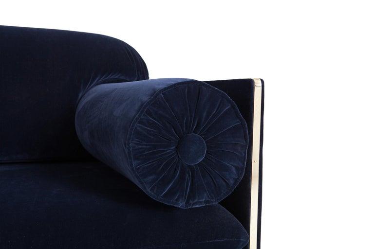 Hollywood Regency Easy Chairs in Dark Blue Velvet and Brass For Sale 1