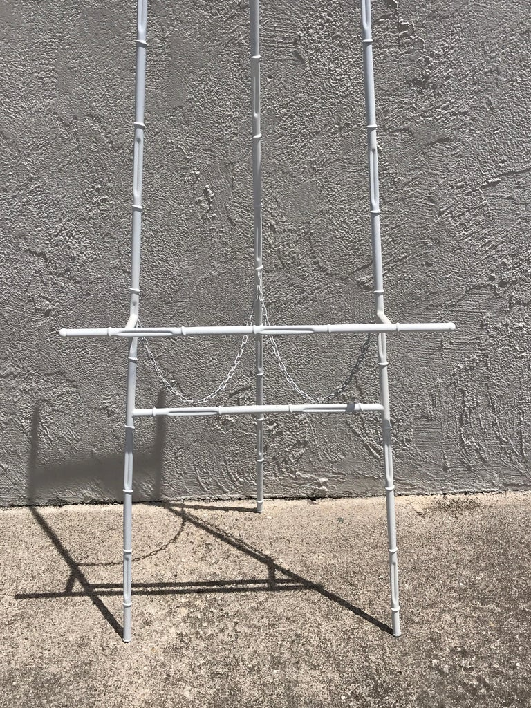 20th Century Hollywood Regency Faux Bamboo White Lacquered Easel For Sale