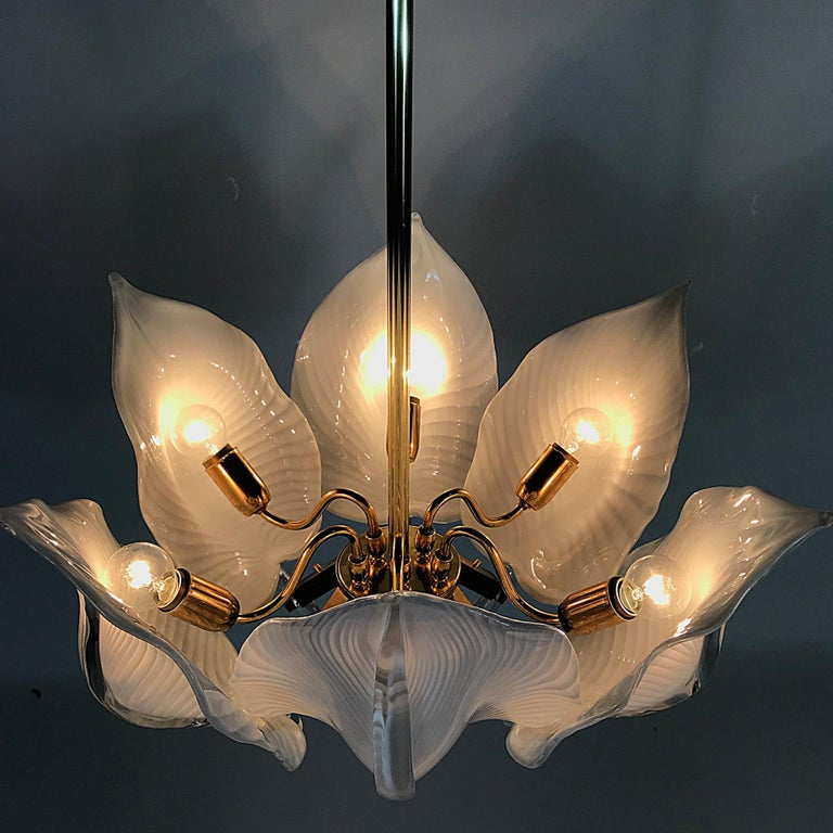 Late 20th Century Hollywood Regency Franco Luce Murano Glass Leaves Chandelier, Italy, 1970s For Sale