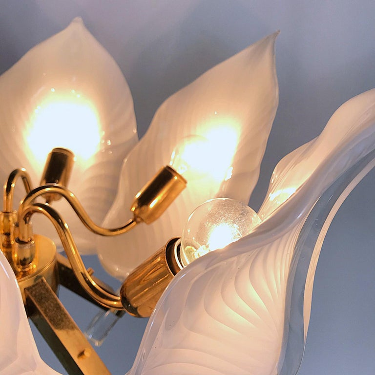 Gold Plate Hollywood Regency Franco Luce Murano Glass Leaves Chandelier, Italy, 1970s For Sale