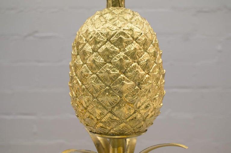 Hollywood Regency Gilded Pineapple Floor Lamp, 1970s For Sale 5