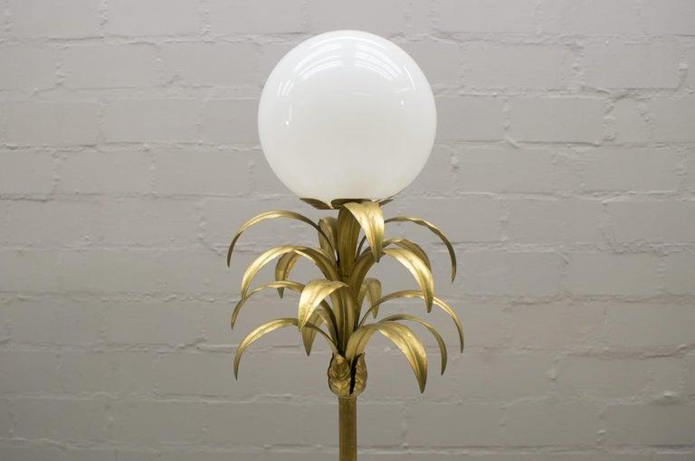French Hollywood Regency Gilded Pineapple Floor Lamp, 1970s For Sale