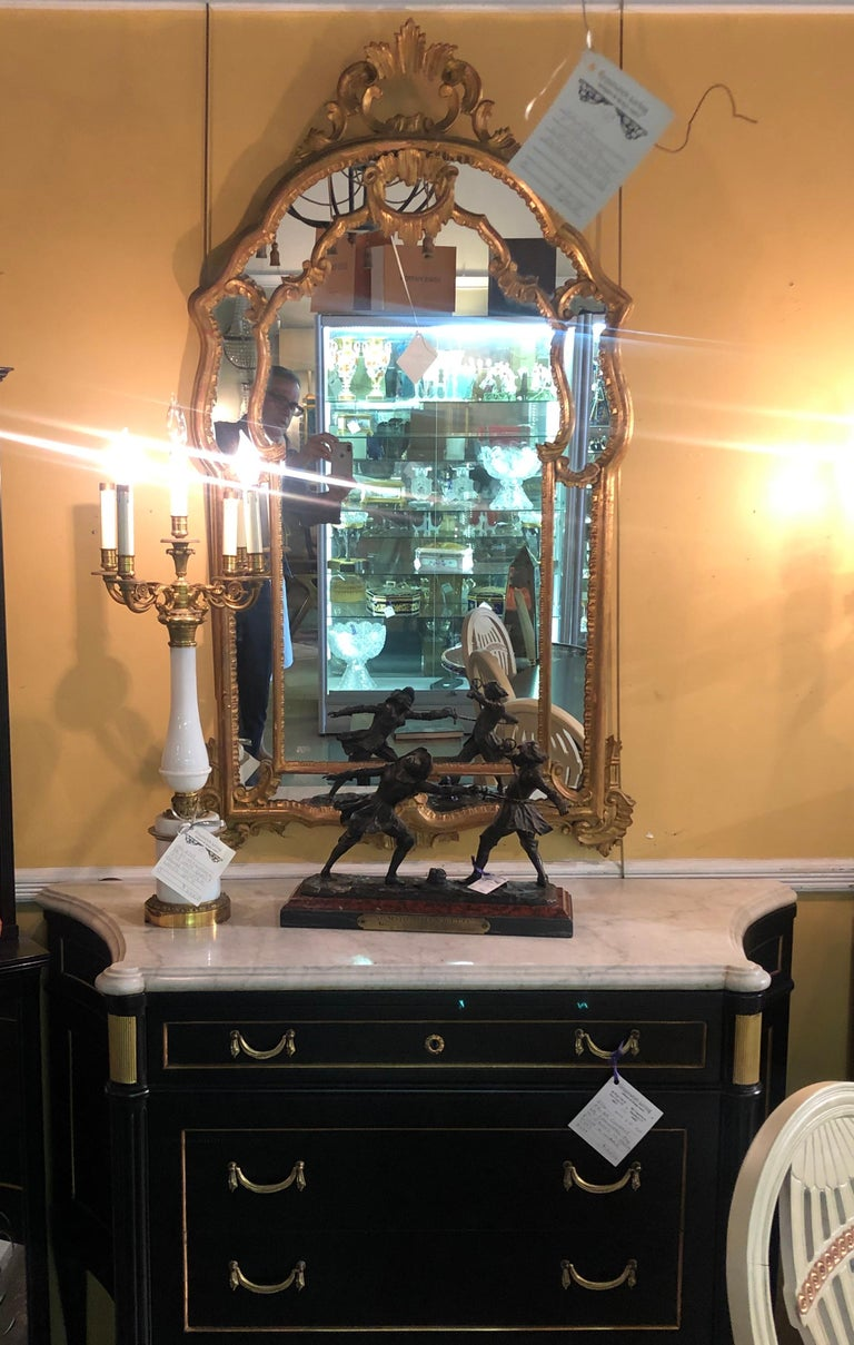 Hollywood Regency Giltwood French Shell Carved Wall or Console Mirrors, a Pair In Good Condition For Sale In Stamford, CT