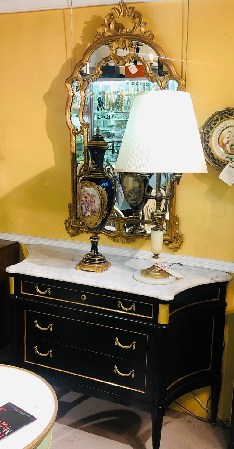Mid-20th Century Hollywood Regency Giltwood French Shell Carved Wall or Console Mirrors, a Pair For Sale