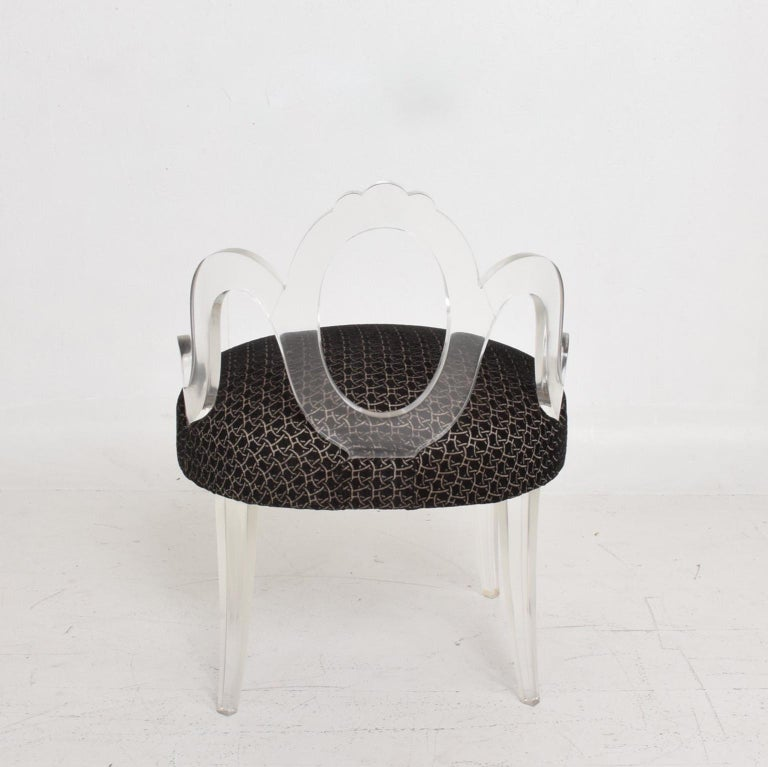Hollywood Regency Glamour Pair of Lucite Side Chairs by Grosfeld House, 1940s For Sale 2