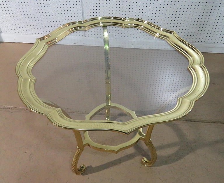 Round Hollywood Regency Brass and Glass Top Side Table Attributed to Labarge In Good Condition For Sale In Swedesboro, NJ