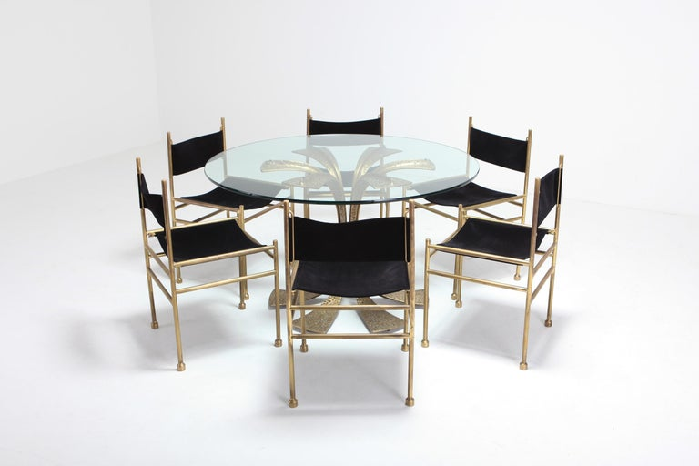 Hollywood Regency Hammered Brass Dining Table by Luciano Frigerio For Sale 3