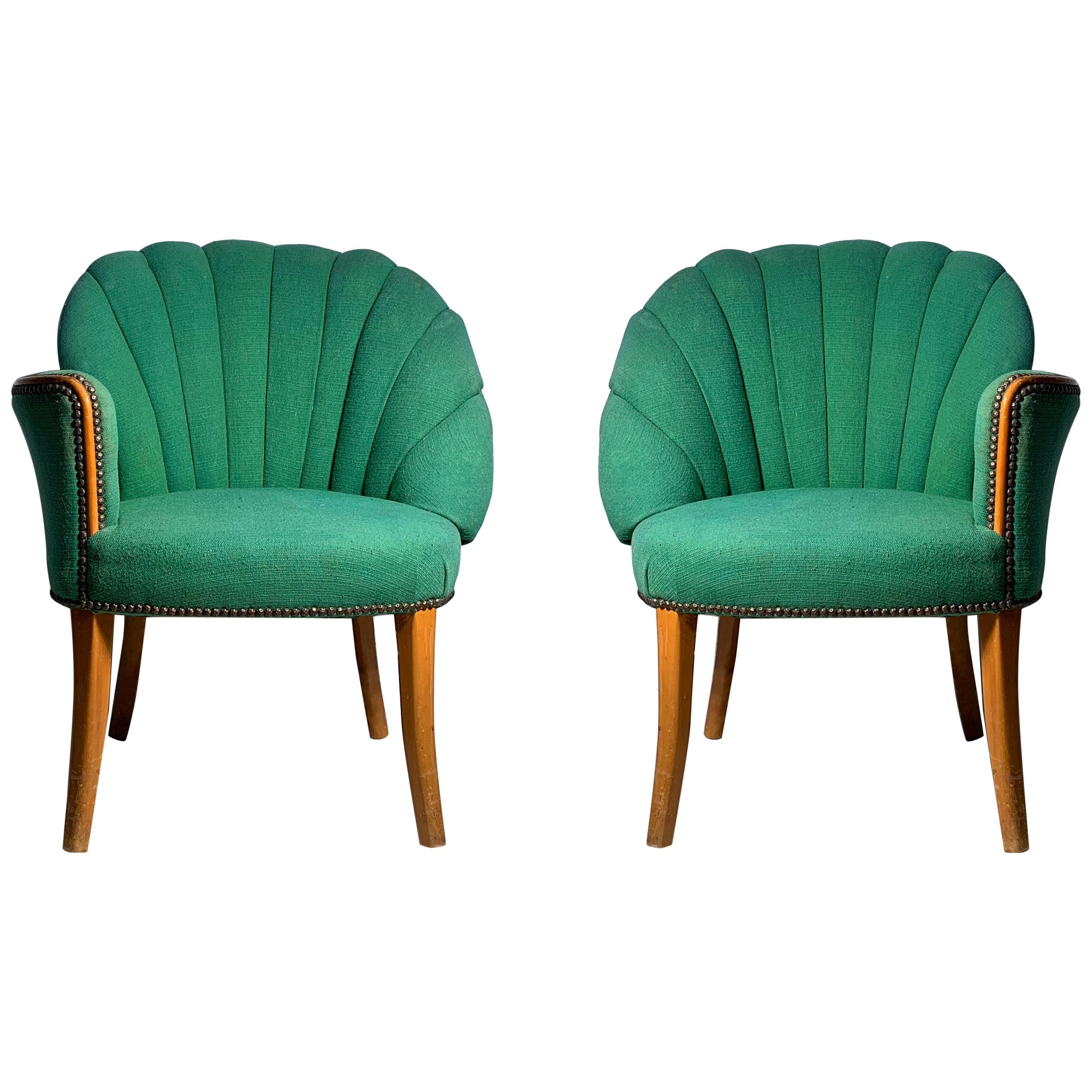 Hollywood Regency High Style Art Deco Fan Shell Back Pair of Chairs