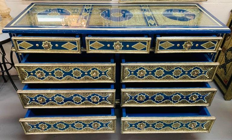 Hollywood Regency Inlaid Blue Large Sideboard, Commode or Dresser For Sale 10