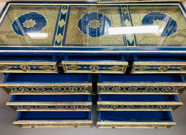 Hollywood Regency Inlaid Blue Large Sideboard, Commode or Dresser For Sale 11