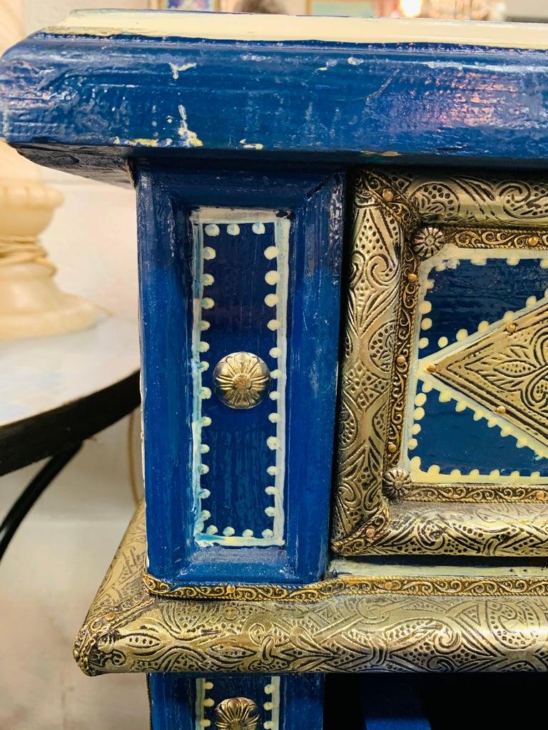 Hollywood Regency Inlaid Blue Large Sideboard, Commode or Dresser For Sale 13