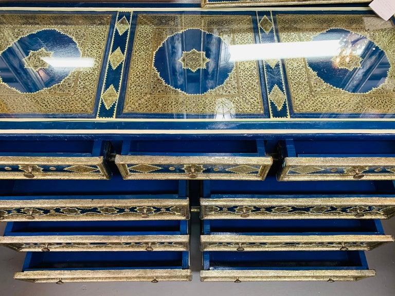 Hollywood Regency Inlaid Blue Large Sideboard, Commode or Dresser For Sale 4