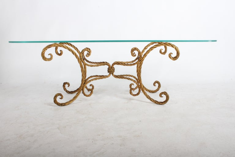 Hollywood Regency Italian Gilt Braided Rope Coffee Table In Good Condition For Sale In St. Louis, MO