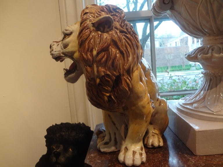 Hollywood Regency Italian Glazed Terracotta Lion For Sale 2