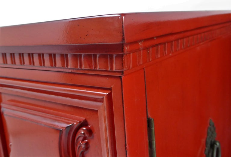 Hollywood Regency Red Lacquer Bedside Tables by Weiman For Sale 6