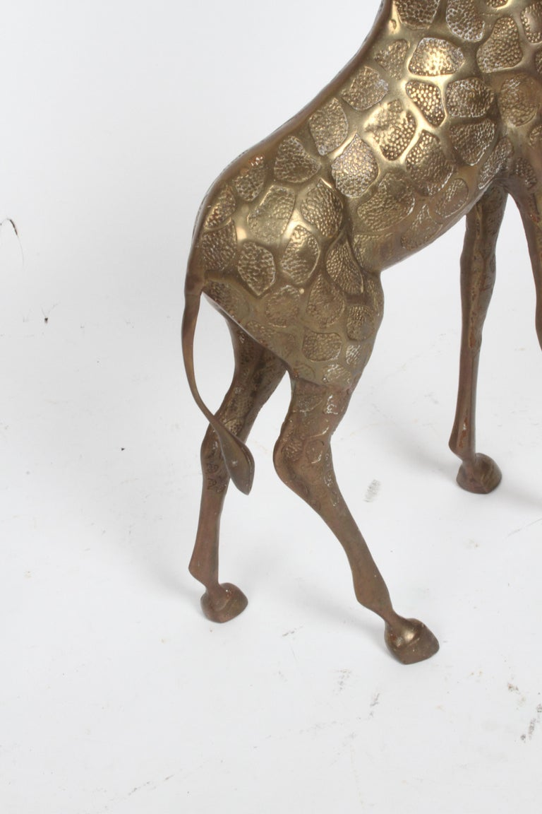 Hollywood Regency Style Brass Giraffe Floor Statue or Sculpture, circa 1970s For Sale 4