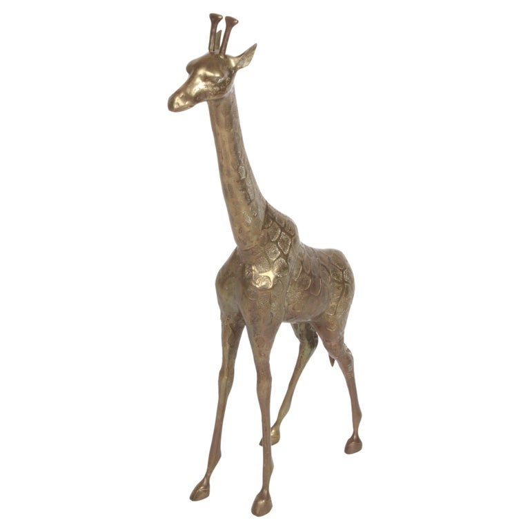 Hollywood Regency Style Brass Giraffe Floor Statue or Sculpture, circa 1970s For Sale