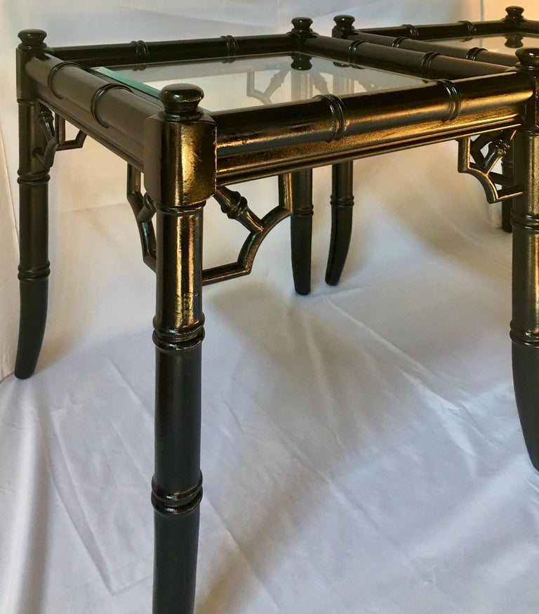 Hollywood Regency Style Faux Bamboo Reed Lacquered Bunching Cocktail Side Tables For Sale 4