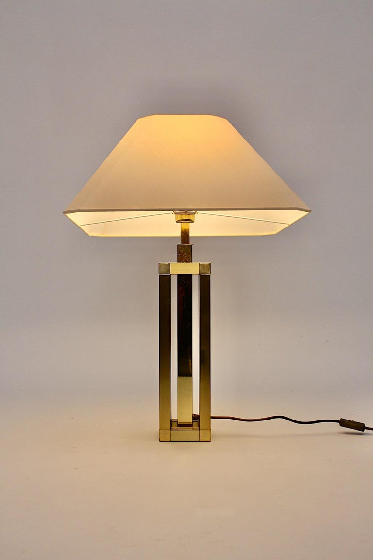 Italian Hollywood Regency Style Vintage Brass Table Lamp Romeo Rega Style, Italy, 1970s For Sale