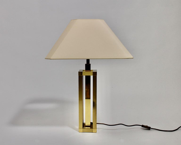 Hollywood Regency Style Vintage Brass Table Lamp Romeo Rega Style, Italy, 1970s In Good Condition For Sale In Vienna, AT