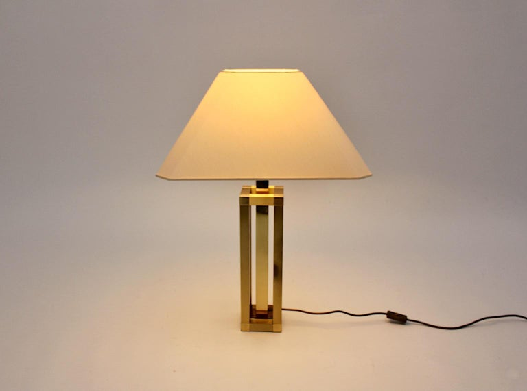 20th Century Hollywood Regency Style Vintage Brass Table Lamp Romeo Rega Style, Italy, 1970s For Sale